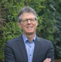 Prof. Dr. Christoph Knill