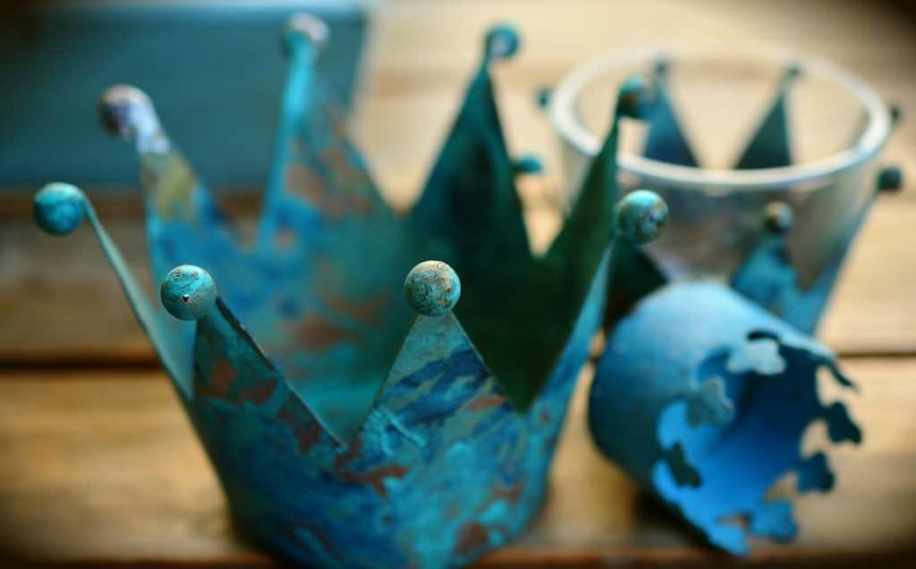 Krone blau © Pixabay 2020 / Foto: congerdesign