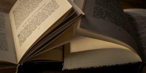 Bücher © Pixabay 2020 / Foto: ThorstenF
