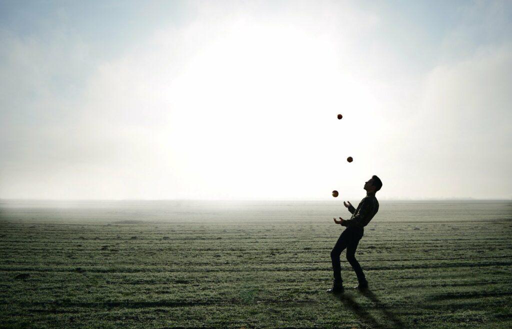 Jonglieren © Pixabay 2021 / Foto: moise_theodor