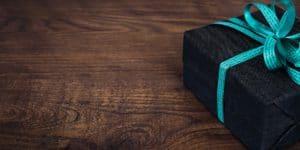 gift black