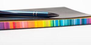 colorful notebook © Pixabay 2021 image: artursfoto
