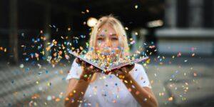 woman book © Pixabay 2021 / image: Paul_Stachowiak